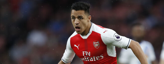 Alexis at the double as Arsenal maintain top-4 pursuit
