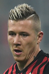 Leicester eye move for Milan midfielder